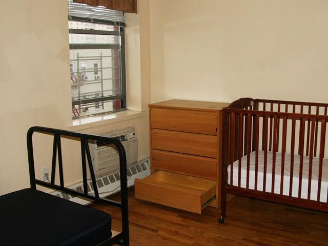 3.apt_bedroom