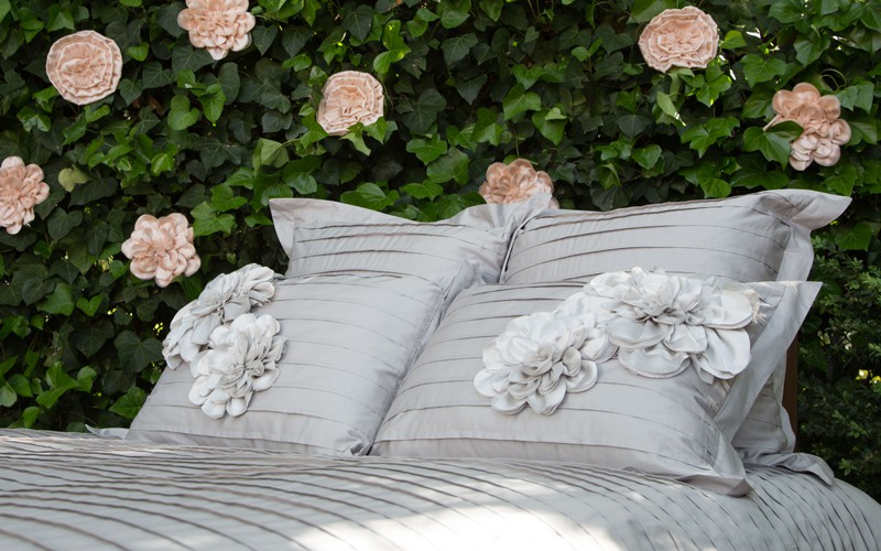 Great site for beautiful bedding | Crane and Canopy